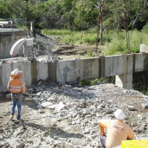 Bridge headstocks being cut for removal with wire saw
