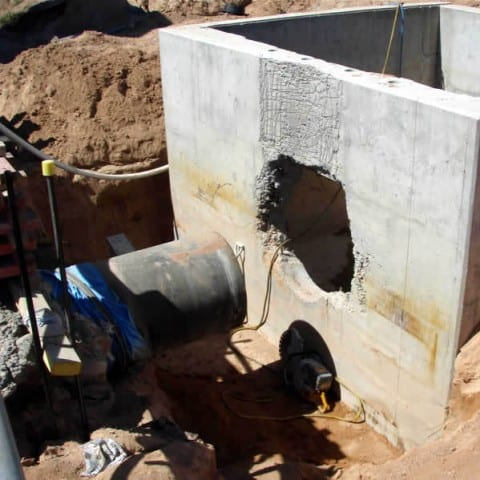Cutting a wall out of a pit
