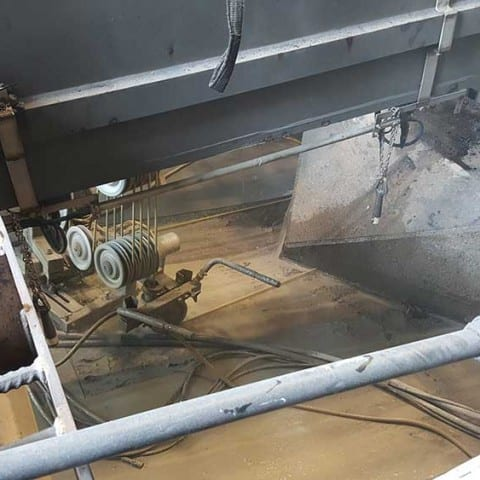 Wire sawing machinery foundations for removal